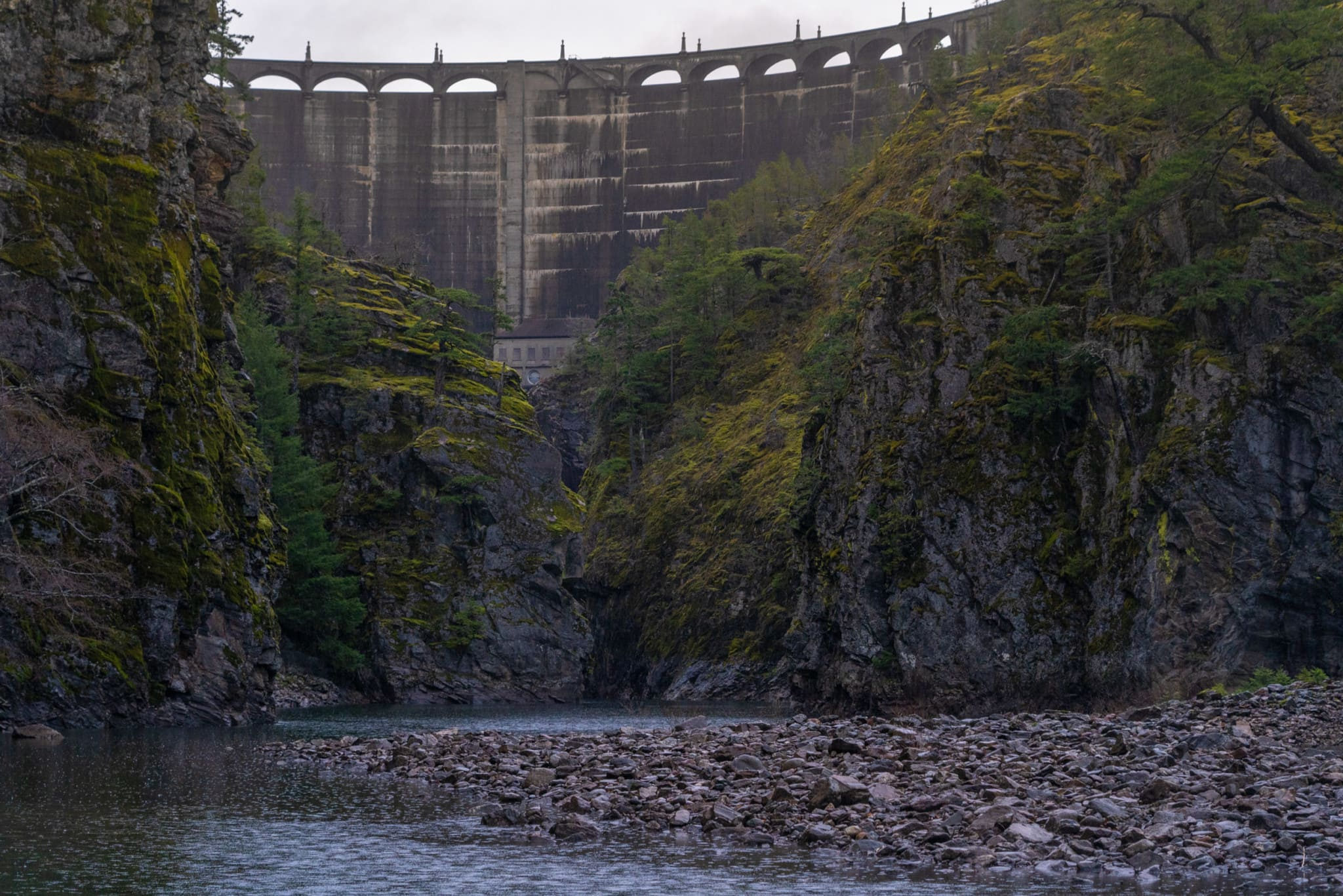The Diablo Dam was constructed in 1936 and continues to provide electricity to Seattle. Photo: Fernando Lessa / The Narwhal