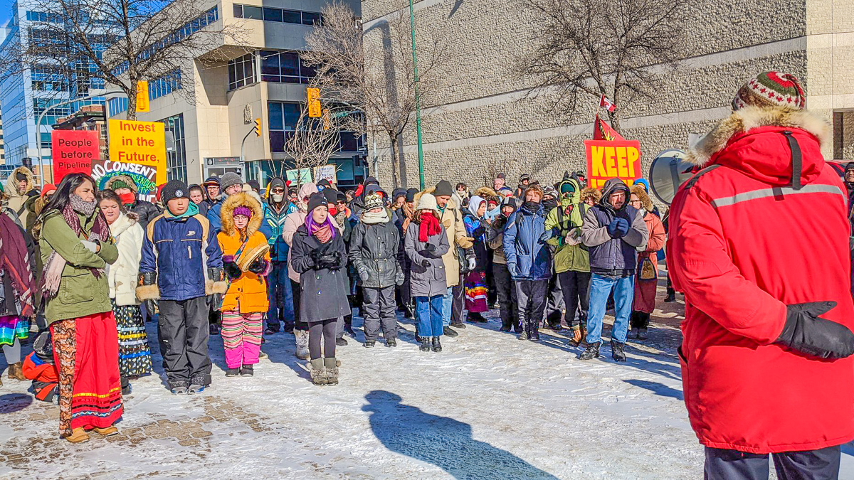 Wilderness and Water Campaigner Eric Reder addressing protesters at the Walk for Wet'suwet'en